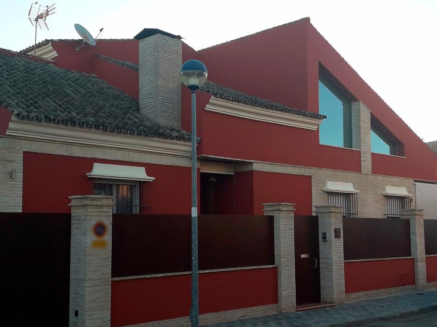 casa-pintada-rojo-magma-sevilla