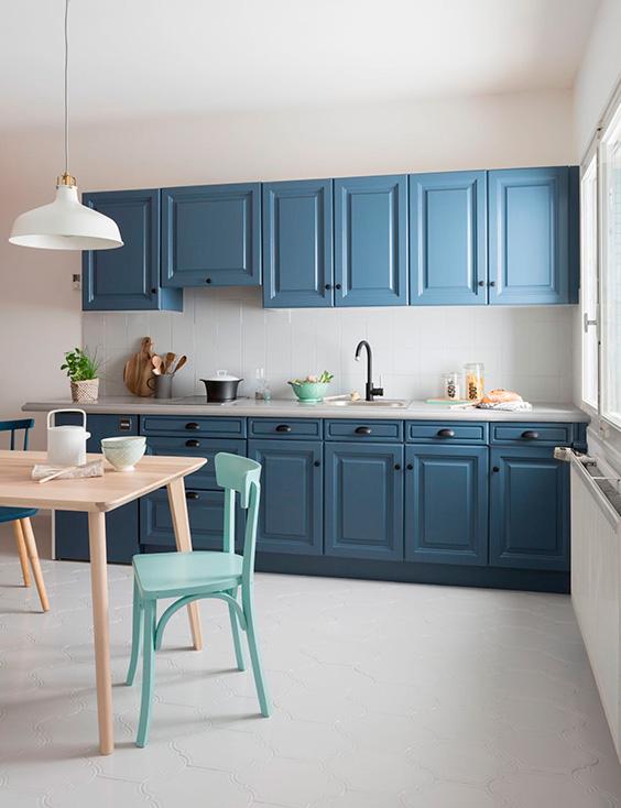 cocina-color-azul-tendencia-2020